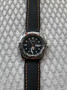 Pulsar mens watch used