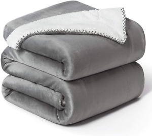 Waterproof Dog Blanket, Fluffy Pee Proof pet Blanket for Couch Bed Protection