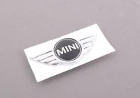 Neuf Véritable Mini R58 R59 Coupé Capuche Emblème Badge Logo 2759223 OEM