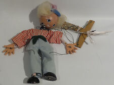 VINTAGE : BOY & BENGO PUPPETS MADE BY PELHAM PUPPETS (SK)