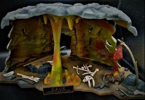 AURORA  Cave Prehistoric Dinosaur original 1972 Professionally AIR BRUSHED model