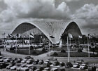 PHOTOGRAPHIE CARTE POSTALE C.N.I.T. LA DÉFENSE - SALON DE L'AUTOMOBILE - c. 1960