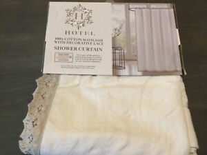 Hotel Luxury 100% Cotton Matelasse with Decorative Lace Shower Curtain