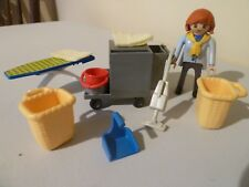 PLAYMOBIL COLLECTIBLE LAUNDRY 5271 BUNDLE