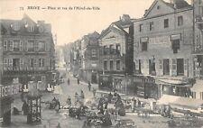 CPA 19 BRIVE PLACE ET RUE DE L'HOTEL DE VILE (MARCHE