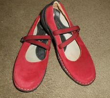 BORN Mary Jane Slip-On Shoes Women Burgundy Suede Leather Size 5 EUR 35 Flats