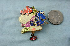 DISNEY PIN FINDING NEMO WITH DORY AND DANGLE MARLIN 2006