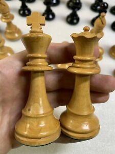 """Vintage Large Chess Set Hand Carved Wood Pieces 3 3/4"""" - Green Felt Bottom"""
