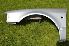 Audi A8 D2 Kotflügel links Seitenwand Silber