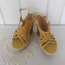 """Madden Girl Kahara Strappy Wedge Yellow Paris Synthetic Shoes Sz 8 - 4 3/4"""" Heel"""