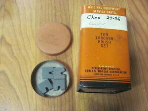 NOS 1929 30 31 32 33 34 35 36 Chevy Chevrolet Generator Brush Set  1880998