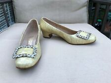 Vintage Hill and Dale Leather Pumps Shoes 9B/Aa Embossed Calf Yellow