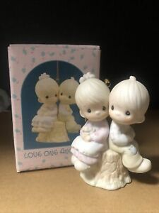 Precious Moments Love One Another Ornament 522929