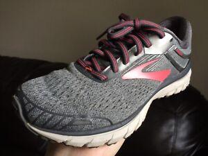 Brooks Adrenaline GTS 18 Women's Size 8 (B) Running Shoes Gray/Pink Lace Up
