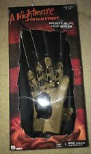 Nightmare on Elm Street Freddy Krueger Glove Prop Replica 1984 Neca