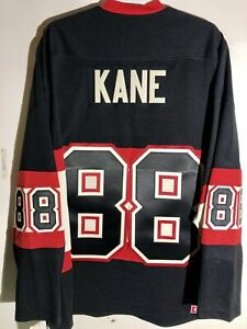 CCM Ribbed Knit LS NHL Jersey Chicago Blackhawks Patrick Kane Black sz L