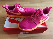 NIKE Roshe One Younger Girls Trainers, Pink/Orange - Size 2.5