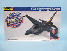 F-16 Fighting Falcon Yeager Super Fighters Revell Model Kit #4562 CIB