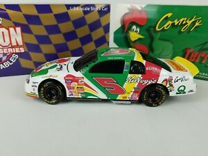 1/24 DIE CAST ACTION #5 TERRY LABONTE KELLOGG'S 1998 MONTE CARLO NASCAR IN BOX