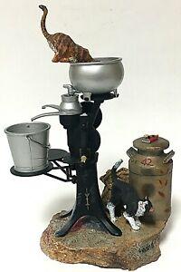 Ertl Lowell Davis America Limited Edition Nine Lives Cat Figurine #2534