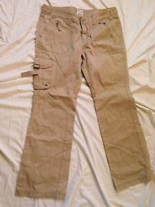 Women's Aeropostale Khaki Pants size 11/12R Beige Khakis