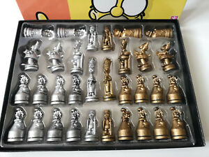 The Simpsons 3D Chess Set Official Edition Family Game Collectable Metal-Style