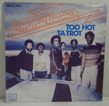 """COMMODORES - Too Hot Ta Trot - Single 7"""""""