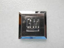 GM Car and Truck Badges