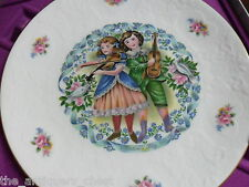 "Royal Doulton Valentine's Day 1981 collector plate in original box 8"" diam[am3]"