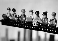 LEGO MEN LUNCH ON TOP OF SKYSCRAPER WALL ART POSTER (A1 - A5 SIZES AVAILABLE)