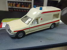 Siku Mercedes Benz 260 E Binz Ambulance