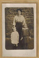 Carte Photo card RPPC Photo Fillion Lisieux femme avec 2 enfants bt150