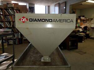 Metal Feeder Chute Diamond America Livestock feeder