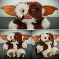 """NECA 2004 Gizmo Gremlins Toy Plush Mogwai Soft Official 5.5"""" Collectable Figure"""