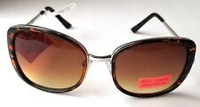 BETSEY JOHNSON Oversize Sunglasses Brown Frame Gradient Lens NWT