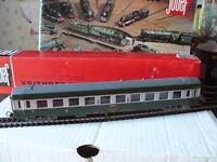 TRAIN ECHELLE HO JOUEF WAGON DE VOYAGEURS TYPE UIC 1ère CLASSE DE LA SNCF 1/87 B
