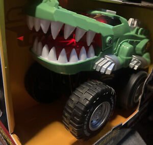 ✅Supreme Machines Gator Chomper Pops A Wheelie And Goes-Lights And Sounds 2019