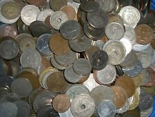 Lot 150 pièces monde / world coins Monnaies