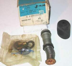 1967-1970 Chevrolet Pickup Suburban NOS master cylinder kit 3912137