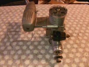 RC ENGINE HB 61 MADE IN GERMANY PERRY CARBURETOR   (8)