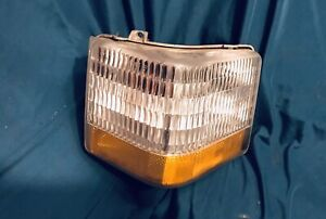 1990 1991 1992 Cadillac Brougham Right Turn Signal Blinker Light