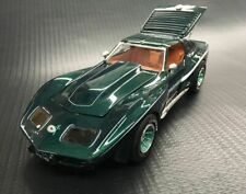 FARRAH'S VETTE 1/25 SCALE UNBUILT KIT