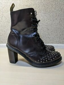 DR. MARTENS ZOIE IN CHARCOAL ARCADIA US6