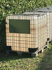 cisterna acqua 1000 litri mai usata con base in metallo