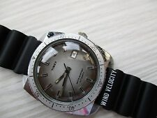 VINTAGE MENS timex DIVER/SPORT WATCH AUTOMATIC RUNS NEW STRAP,  RARE