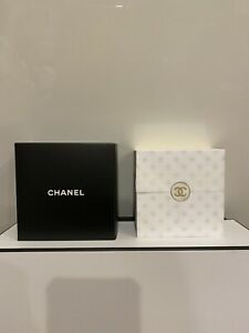 CHANEL VIP GIFT DESK NOTES post it notes NEW & AUTHENTIC