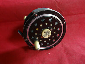 """AN EARLY VINTAGE 3 5/8"""" PFLUEGER MEDALIST TROUT FLY REEL A/F"""