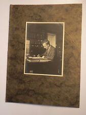 Ratzeburg - 1928 - Rudolf Sielaff - junger Mann am Schreibtisch / KAB