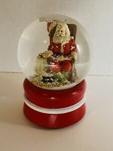 "Snow Globe Santa Claus Musical Wood Base ""Santa Claus Is Coming To Town"""
