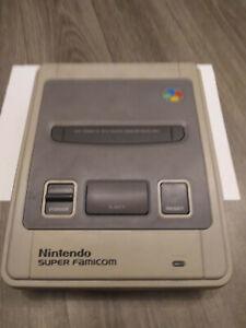 Nintendo Super Famicom SNES Console + 1 manette